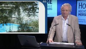 Dozent Dr. Jürgen Koppe der MOL Katalysatortechnik GmbH gibt Tipps für einen perfekten Pool.